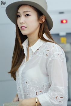 Stylish. Dat see through shirt though #JessicaJung #NoDoubtYou