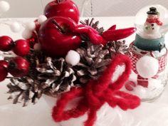 Effetto neve e rosso un Natale Green & Glam