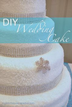 DIY Wedding Cake:  all the tips and hints you need to make your own wedding cake!  Yes, you can do it with this tutorial!