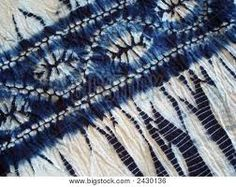 Image of Tie Dye Indigo Shibori Fabric, Shibori Tie Dye, Dyeing Fabric, Mood Indigo, Indigo Dye, Textile Dyeing, Blue And White Fabric, Tie Dye Colors, Creative Textiles