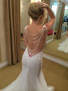 Galia Lahav jasmine : buy this dress for a fraction of the salon price on PreOwnedWeddingDresses.com