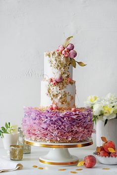World Ballet Day Calls for Some Maggie Austin Cake Inspo | https://www.theknot.com/content/maggie-austin-ballet-inspired-wedding-cakes