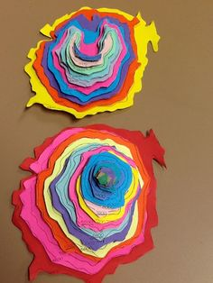 Using contour maps to make 3D models of landscapes and volcanoes.