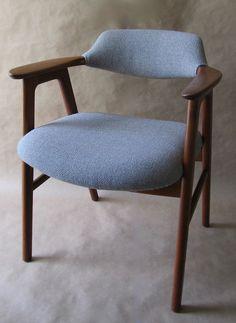 Scandinavian design chair - EK55C by Erik Kierkegaard - paere dansk