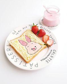 Piglet toast art by @wanwantea