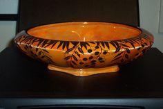 Deco Crown Ducal Ware ''Black Brazilian Red Pepper Tree'' lustre bowl ....250mm Pepper Tree, Black Brazilian, Vintage Stuff, Luster, Serving Bowls, Decorative Bowls, Porcelain, Pottery, Crown