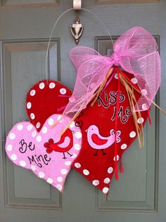 Double heart burlap door hanger. $40.00, via Etsy.