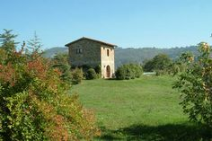 La Ginestra Organic Farm, Umbria. A restored 19th century farmhouse on a 30 hectare organic farm with an olive grove, orchard and pasture http://www.organicholidays.com/at/471.htm
