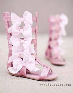 Pink bows girls shoe.