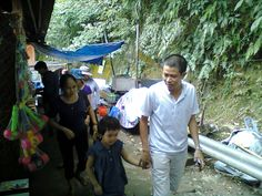 Go through a small Market at the base of mountain