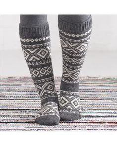 Villasukat - Käsityöohjeet | Lankava.fi Crochet Socks, Knitting Socks, Knit Crochet, Knitting Projects, Knitting Patterns, Fair Isle Chart, Wool Socks, Knee Socks, Leg Warmers