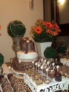 MÁGICA FESTA: Decoração de aniversário de 30 anos de Onça Safari Birthday Party, Birthday Bash, Birthday Ideas, Anniversary Decorations, 30th Anniversary, Sweet 16 Parties, Grad Parties, African Party Theme, Animal Print Party