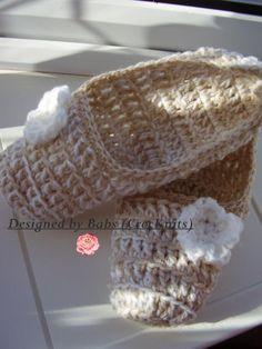 Crochet Folding Travel Slippers PDF download @Craftsy