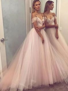 Shop for cheap, short & long prom dresses, cheap long prom dresses. Annapromdress's collection includes plenty of the cheap prom dresses, such as short prom dresses, long prom dresses and many more. Cheap Prom Dresses Uk, Prom Dresses Long Pink, Wedding Dresses Uk, Elegant Prom Dresses, Prom Dress Stores, Dresses Short, Tulle Prom Dress, Dress Long, Dress Formal