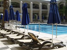 beautiful sky blue swimming pool images download high size resolution