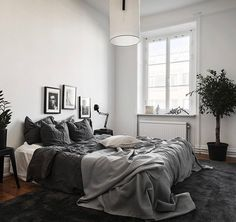 White room: 60 ideas and projects that can inspire you - Home Fashion Trend Room Ideas Bedroom, Bedroom Inspo, Home Bedroom, Bedroom Decor, Master Bedroom, Minimal Bedroom, Modern Bedroom, Decoracion Habitacion Ideas, New Room