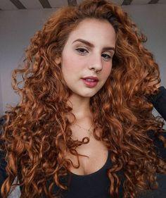 Curly Ginger Hair, Curly Hair Up, Curly Hair Styles, Gorgeous Redhead, Gorgeous Hair, Brown Hair Tones, Hair Inspo, Hair Inspiration, Up Hairstyles