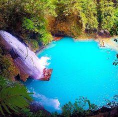 Kawasan Falls, Cebu, Philippines ...