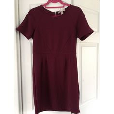 NWT Forever 21 Gorgeous Plum Dress NWT/Never been worn. Beautiful plum color on this dress. The pictures are showing it more red. Would work perfectly for a variety of situations - work, night out, dinner, the list goes on. Forever 21 Dresses Mini