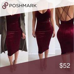 • red velvet dress • One velvet dress in red. True to size and feels nice on skin Dresses Midi