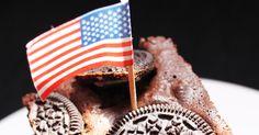 Cette semaine je vous propose un brownie aux Oréo®   Ces petits biscuits ronds sont tellement excellents que je vous laisse imaginer le dél...