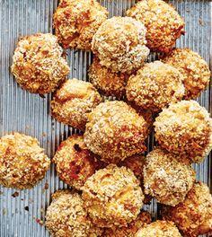 Gooey Mac & Cheese Balls