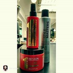 repost via Mateus @im.costa Um lançamento mundial aqui no #EspacoDellasBeautyBar a hidratação Uniq One da Revlon. Para quem já gostava do condicionador sem enxague 10 em 1 vai se apaixonar por este tratamento super completo. #tratamento #hidratação #hair #hairstylist #revlon #uniqone #mascara #capilar #spray #style #brilho #shine #cabelo #belavista #portoalegre #brasil#instarepost20 #espacodellasbar