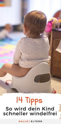 Potty training: 14 tips and your child doesn& need a winch .-Töpfchentraining: 14 Tipps und dein Kind braucht keine Windel mehr Potty training: Your tips that it will work faster. Parenting Advice, Kids And Parenting, Baby Co, Diy Baby, Baby Care Tips, Baby Kind, Potty Training, Baby Hacks, Baby Feeding