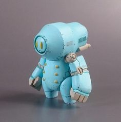 Round face of the robot by Mitutake Nishimura