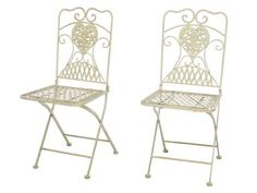 Wunderschönes Paar Gartenstühle In Creme Weiß Aus Eisen Im Antik Stil  Hergestellt. Sie Eignen Sich Hervorragend Um Während Des Sommers Seine Zeit  Im Garten ...