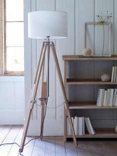 Floor Standing Wooden Tripod Lamp NEW - Decorative Home - Home Home Living Room, Living Room Decor, Objet Deco Design, Modern Floor Lamps, Tripod Lamp, Decoration, Home Accessories, Flooring, Interior Design