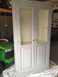 Hunter green cabinet gets a major transformation with ASCP in Paris Grey and Old White!