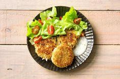 Marokkanische Quinoa-Petersilienwurzel-Plätzchen Rezept | HelloFresh Quinoa, The Fresh, Avocado Toast, Breakfast, Recipes, Food, Times, Gourmet, Moroccan Recipes