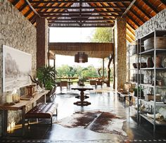 The breathtakingly beautiful Private Granite Suites blends the boundaries between inside and outside creating an effortless integration with nature. African Interior Design, African Design, African Style, Foyer Mirror, Mirrors, Hotel World, Travel The World For Free, England Furniture, Tribal Decor