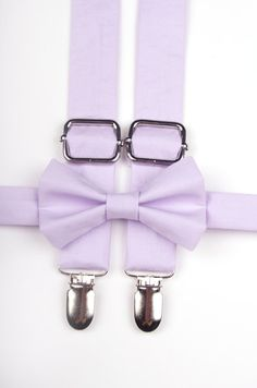 Lavender bow tie & suspenders purple suspenders by DapperGent Vintage Gold Engagement Rings, Gold Diamond Wedding Band, Band Engagement Ring, Holz Tattoo, Purple Bow Tie, White Opal Ring, Ring Bearer Outfit, Color Lila, Colors