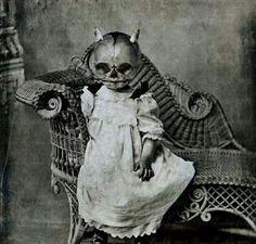 1920s Halloween Costume, Creepy Old Photos, Vintage Halloween Photos, Creepy Images, Creepy Pictures, Theme Halloween, Halloween Images, Creepy Halloween, Spooky Scary
