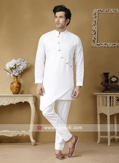 White Linen Fabric Kurta Set For Wedding Wedding Dress Men, Wedding Men, Traditional Indian Mens Clothing, Short Kurta For Men, Mens Fashion Wear, Men's Fashion, Moda Indiana, Gents Kurta Design, Kurta Men