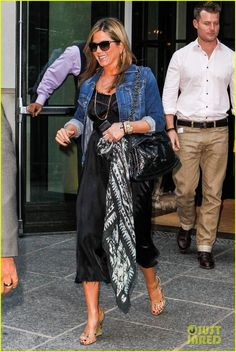 Jennifer Aniston Chanel bag & dress - PurseForum