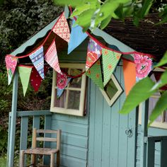 Garden shed bunting Casa Wendy, Wendy House, Build A Playhouse, Childs Playhouse, Garden Playhouse, Playhouse Ideas, Playhouse Decor, Playhouse Interior, Girls Playhouse
