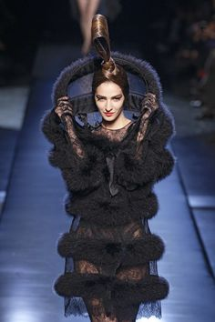 Jean Paul Gaultier at Couture Fall 2010 - Runway Photos