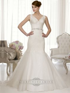 Straps Lace V-neck and V-back Trumpet Wedding Dresses