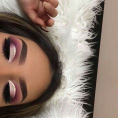 Idée Maquillage 2018 / 2019 : The search for the best eye shadow is over; these long-lasting eye makeup winner - Idée Maquillage 2018 / 2019 : The search for the best eye shadow is over; these long-lasting eye makeup winner - Eye Makeup Cut Crease, Dramatic Eye Makeup, Makeup Eye Looks, Eye Makeup Tips, Smokey Eye Makeup, Makeup Hacks, Eyeshadow Makeup, Makeup Ideas, Pink Eyeshadow