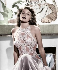 Rita Hayworth - stunning!