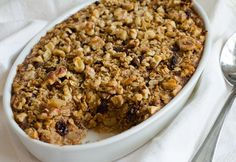 Amish-Style Baked Oatmeal with Apples, Raisins & Walnuts   This looks really good, except I'd leave out the Raisins ;)
