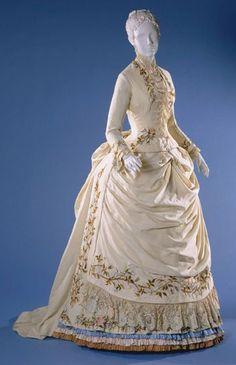 Dress 1885 The Philadelphia Museum of Art - More Details → http://sharonfashionwebsites.blogspot.com/2013/07/dress-1885-philadelphia-museum-of-art.html.