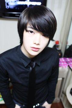 tumblr_m719tfnlsw1rvog0fo1_500.jpg (500×750)asian boy