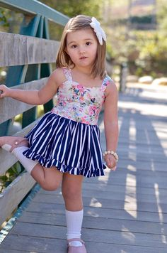 This beautiful dress comes in sizes 12M-6Y ! * Each dress is made to order. It is perfect for birthdays, parties, playing in dress, and made for any occasion. * Before ordering make sure you measure your little girls size with the chart at the very end of the photos of each listing.