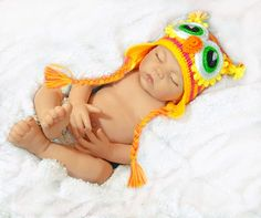 Newborn baby and newborn attire, inclusive of party dresses, sleepsuits, vests and outside clothes. Newborn Hats, Newborn Outfits, Baby Boy Outfits, Baby Newborn, Costume Hats, Baby Costumes, Safari, Baby First Outfit, New Baby Photos
