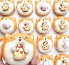 Delicious Donuts, Delicious Desserts, Dessert Recipes, Yummy Food, Cute Donuts, Mini Donuts, Doughnuts, Cute Baking, Kawaii Dessert
