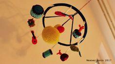 Gehäkeltes Baby-Mobile mit Musikinstrumenten Mobiles, Baby Mobile, Dream Catcher, Home Decor, Music Instruments, Dream Catchers, Mobile Phones, Interior Design, Home Interior Design